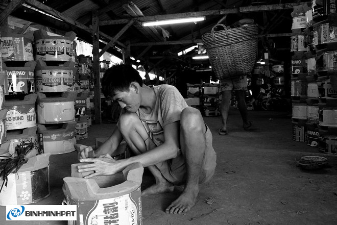 Lò gốm bên kênh Lò Gốm ở Sài Gòn 01