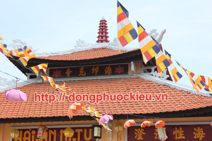 Nhà chùa đặt chuông