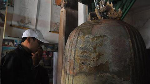 Ngắm chuông đồng cổ gần 1.000 năm -09