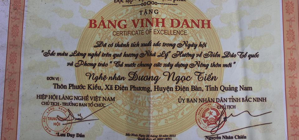 bang-vinh-danh-nghe-nhan