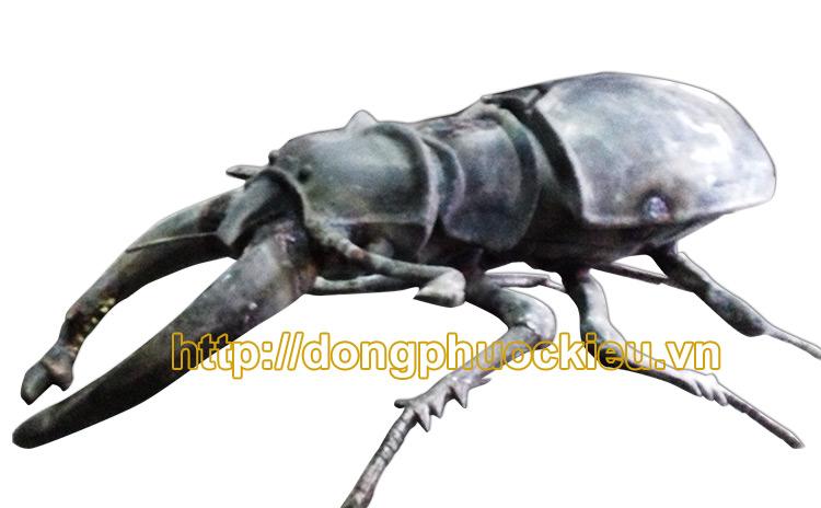 Đúc côn trùng bằng đồng trang trí cực đẹp