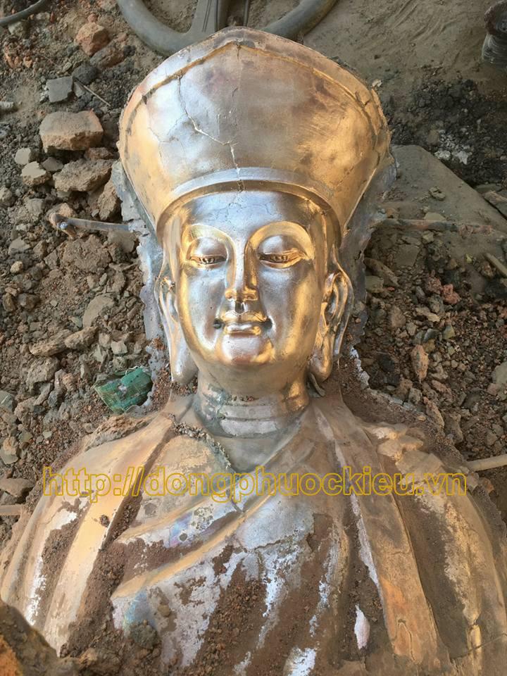 Pho tượng Phật Địa Mẫu